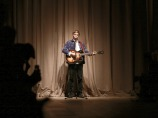 George-Ezra-performing-live-at-the-Burberry-_London-in-Los-Angeles_-event
