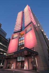 The-Peninsula-Tokyo-Exterior
