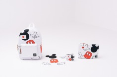 s16_mickeymouse_lifestyle_web_01